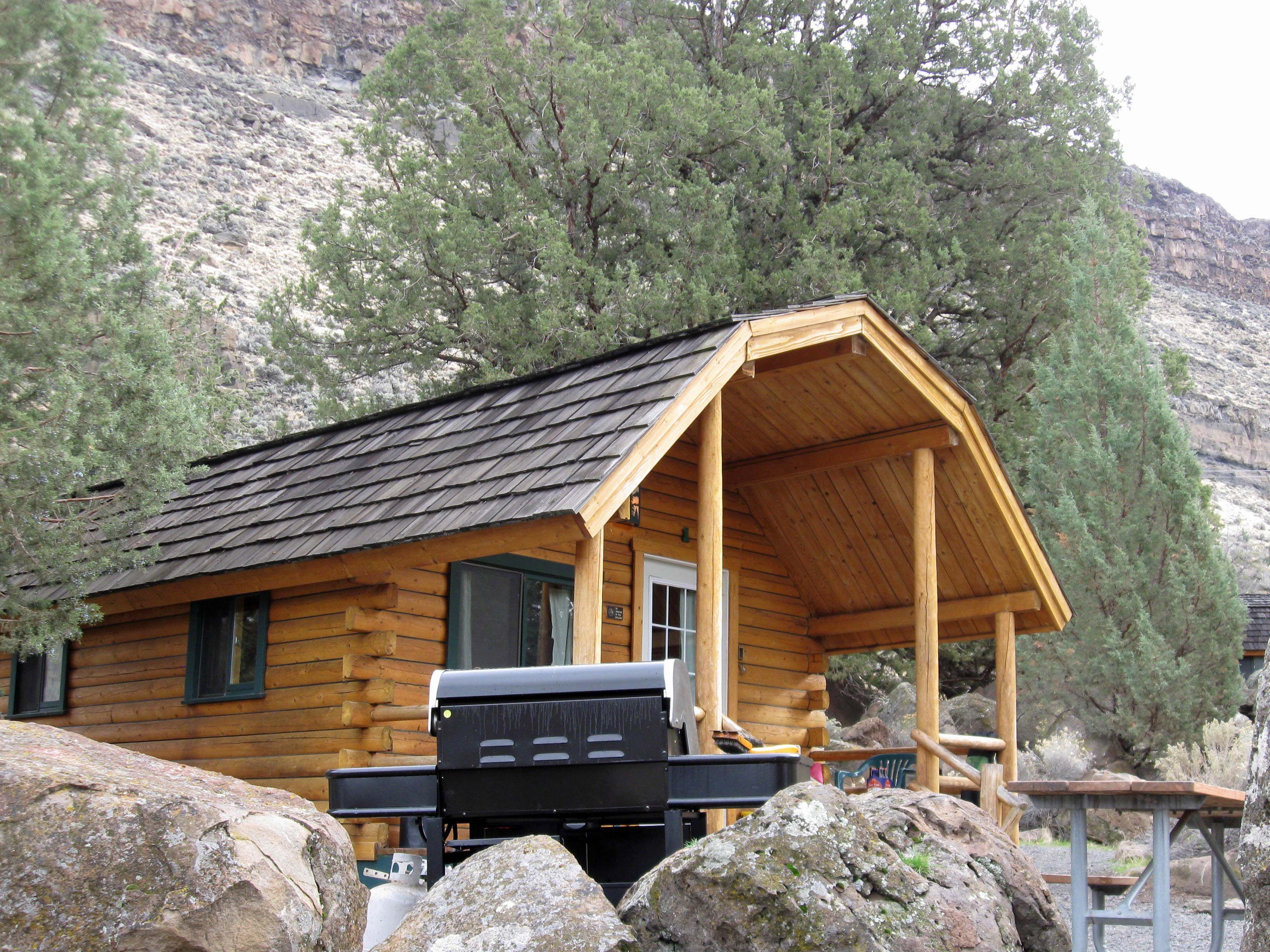 The cabin at lake billy chinook cove palisades state Campground cabin rentals